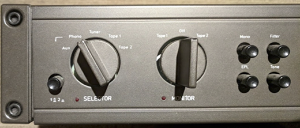 Built-in phono preamplifier