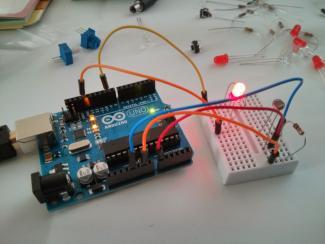 Arduino starter kit LED and photoresistor