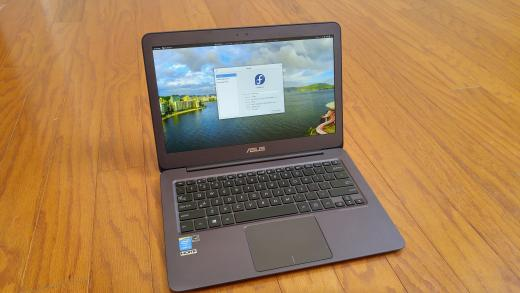 ASUS Zenbook running Fedora for Linux