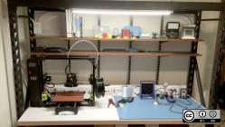 Workbench with 3D printer