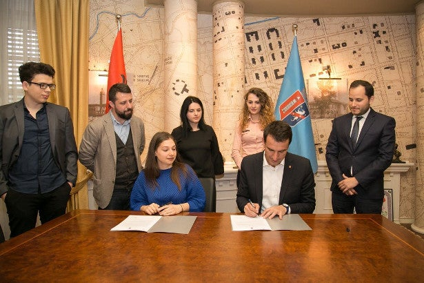 Open Labs Albania signing agreement with municipality of Tirana on GIS data for OpenStreetMaps