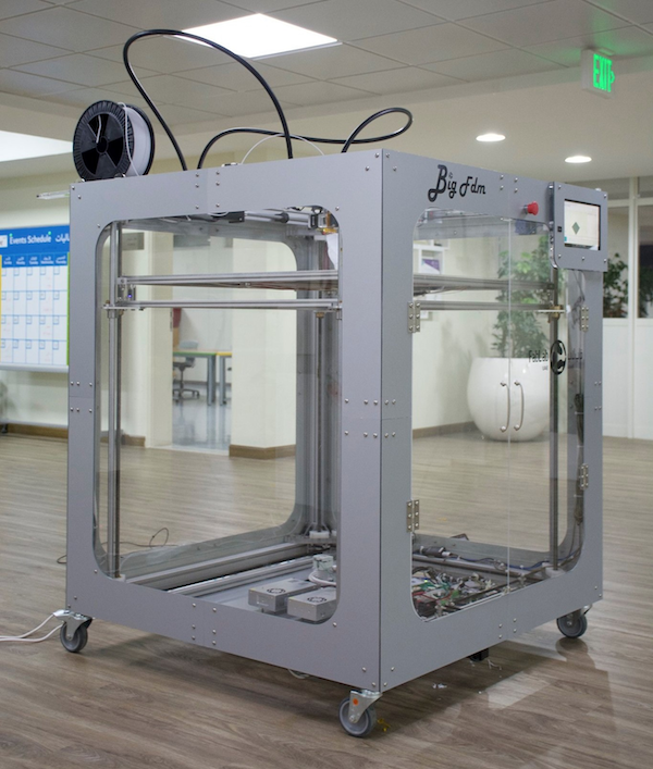 The BigFDM 3D printer by Daniele Ingrassia.