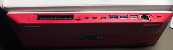 Raspberry Pi 400 ports